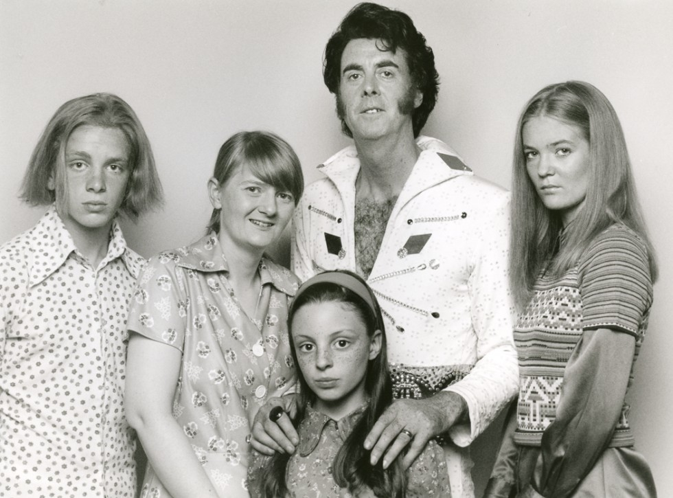 The Week Elvis Died: Family Portrait